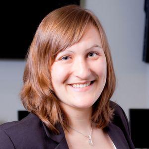 Dr.-Ing. Miriam Schleipen ist leitende Wissenschaftlerin Industrie 4.0 und Interoperabilität am Fraunhofer IOSB (Informationsmanagement und Leittechnik). Sie studierte und promovierte in Informatik mit dem Schwerpunkt Automatisierungstechnik am Karlsruher Institut für Technologie. Seit 2005 ist sie am Fraunhofer IOSB.