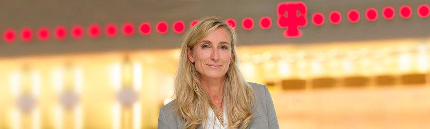 Annette Bronder, Geschäftsführerin Digital Division (DD) und Telekom Security