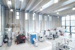 Außer einem Lernfeld für Studenten und Mitarbeiter aus der Industrie besitzt die ETA-Fabrik eine echte Produktion für Pumpenkomponenten.