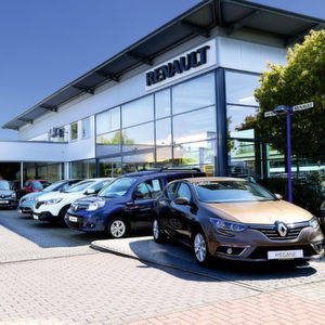 Die großen Autohändler: Aus drei mach eins