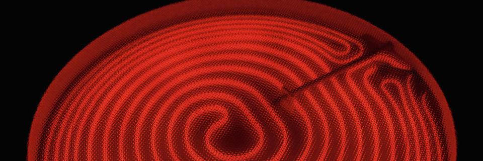 Um das Material nicht unnötigen Strapazen auszusetzen, gehören zu einigen Montageprozessen Anwärmarbeiten. Meist wird nach dem Induktionsprinzip vorgewärmt.