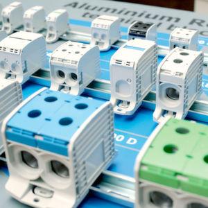 Aluminium-Reihenklemmen verbinden auch große Kabel