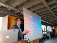 Rolf Petry von Bosch referierte, wie das Unternehmen Pentaho für das weltweite Kundenreporting im Bereich Bosch Service Solutions einsetzt.