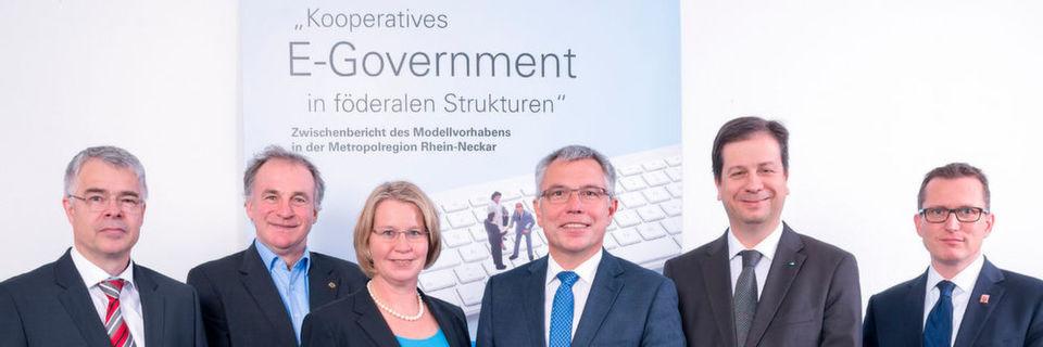 Blicken auf eine erfolgreiche Zusammenarbeit zurück: Vertreter der Länder Baden-Württemberg, Hessen und Rheinland-Pfalz und der Metropolregion RheinNeckar