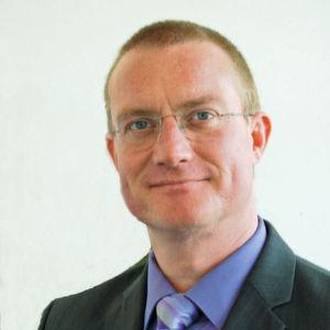 Jens Dorwarth: Er ist Vorsitzender des FBDi-Arbeitskreises Umwelt & Compliance und Manager E&C bei der Hy-Line Holding.