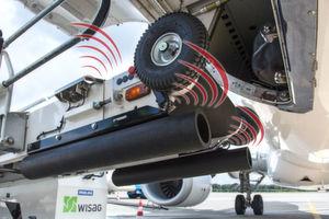 Der Anti-Kollisions-Assistent (ACA) schützt vor Schäden, die durch das Berühren des Flugzeugs mit dem Förderband entstehen können.