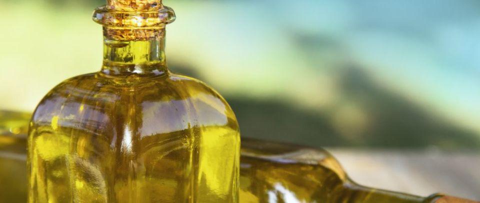 Abb. 1: Alle Fette und Öle enthalten Glycerin in Form von Fettsäureestern (Triglyceride).