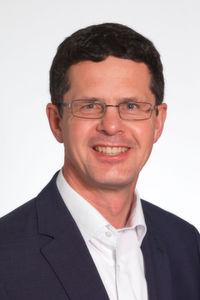 """Robert Frodl, Plexus: """"""""Computer, Tablets und Smartphones sind aus unserem Alltag kaum noch wegzudenken und haben auch die Erwartungen an bequeme, mobile und intuitiv bedienbare Geräte im Gesundheitsbereich in die Höhe getrieben."""""""