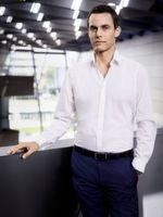 BMW-Auto-Oberklassenmann Timo Resch tritt in die Fußstapfen von Heiner Faust. Resch ist begeisterter Motorradfahrer.