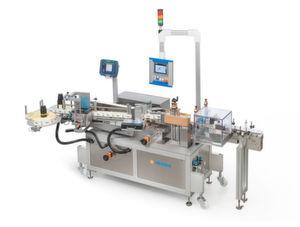Mit der neuen 152E zeigt HERMA, wie sich ein breites Spektrum an Etikettierungen mit einer standardisierten Anlage bewältigen lässt.