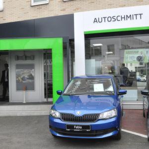 Autoschmitt eröffnet ersten Skoda-Betrieb