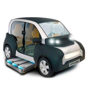 Leichtfahrzeug CITY eTaxi zeigt neue Wege der Elektromobilität