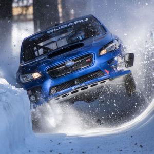 Mit 300-PS-Subaru durch den Eiskanal