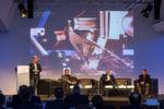 """Was der Serienautomobilbau vom Fahrradsport, der Luft- und Raumfahrt sowie der Papierindustrie lernen kann, veranschaulichte die Session """"Leichtbau als Innovationstreiber""""."""