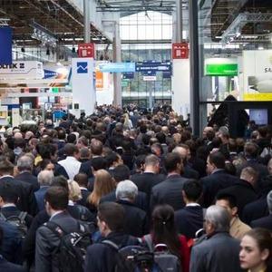 Erfreuliche Bilanz für Verbundwerkstoffmesse in Paris
