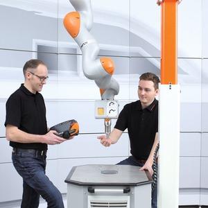 Ultraschall-Lösung schützt Anwender bei MRK-Applikationen