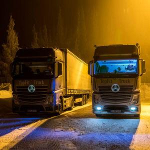 Daimler dopt Lkw-Fahrer mit Lichtduschen