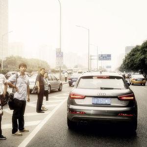 Audi und Mercedes rufen in China Hunderttausende Autos zurück