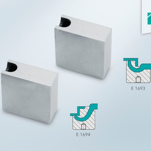 Tunnel gate inserts provide large contour steps