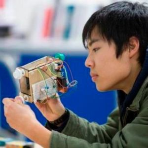 French and Japanese Students Compete at Programming Marathon