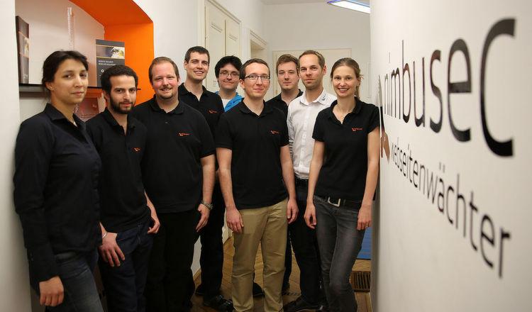 Ein Teil des Teams von nimbusec. Vertreten ist u.a. das Geschäftsführer-Dreiergespann, bestehend aus Christian Horschitz (3.