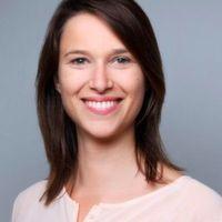 Traveler & Learner by heart, Head of German Markets in business life – die Münchnerin Lea Bauer ist Head of DACH bei Udemy.