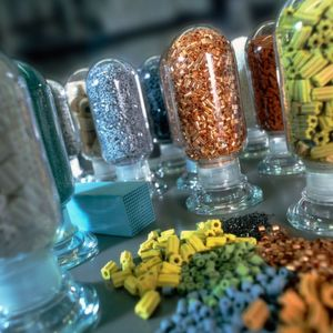 Effective catalysts are of vital importance for the production processes used in the chemical industry.