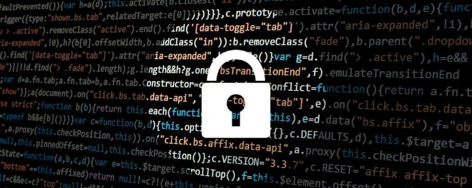 """Als Entwickler sollte man """"Privacy by Design"""" von Anfang an berücksichtigen und aktuelle Datenschutz-Anforderungen auf dem Schirm haben."""