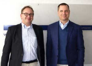 Jörg Henschel, Geschäftsführer von Metrix Consulting (li.) und Sven Langenfeld, Distribution PAM OEM und BDM Windows Server, Microsoft Deutschland (re.) nach der Diskussion bei IT-BUSINESS.
