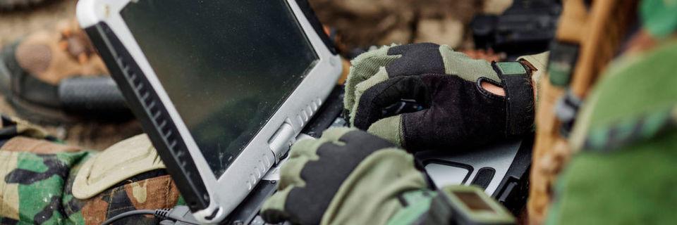 Durch die fortschreitende Digitalisierung braucht auch die Bundeswehr immer mehr IT-Spezialisten