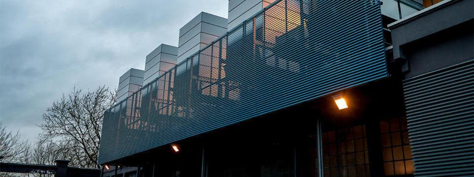 Eine Aufnahme des OVH-Rechenzentrums in Roubaix. Von hier bis Frankfurt dauerte der erste Ping 13 Millisekunden.