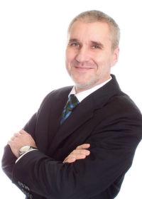 Uwe Adamczak, Autor des Wettbewerbsvergleiches.