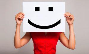 """Im Fokus der Umfrage stehen die Erfolgsgrößen im Kundenbeziehungsmanagement. Seien Sie ein Teil der Umfrage und geben Ihre Meinung zum Thema """"CRM-Erfolgsfaktoren"""" ab!"""