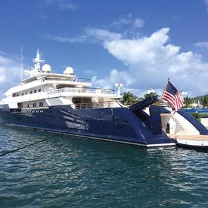 Victoria's Secret Superyacht mit I/O-Modulen modernisiert