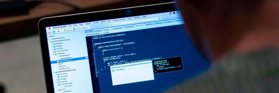 Integrierte Entwicklungsumgebungen sollen Programmierern die Arbeit mithilfe verschiedenster Tools und Automatismen erleichtern.