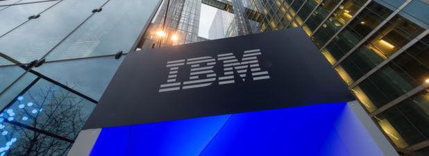 Der IT-Riese IBM leidet weiter unter der Schwäche im traditionellen Computer-Kerngeschäft. Im ersten Quartal sanken die Erlöse verglichen mit dem Vorjahreswert um drei Prozent auf 18,2 Milliarden Dollar (17,0 Mrd Euro).