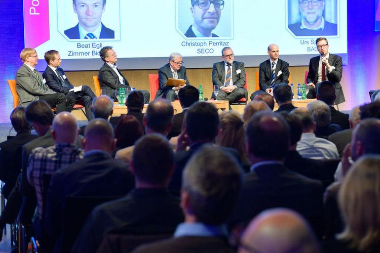 Im Rahmen einer Podiumsdiskussion anlässlich der Fasmed-Fachtagung zur neuen MDR/IVDR legen Vertreter führender Medtech-Firmen offen, wo
