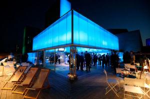 """Die Panduit-Konferenz """"400G at Light Speed"""" fand im März hier statt: """"The Deck"""", auf dem Dach vom National Theatre."""