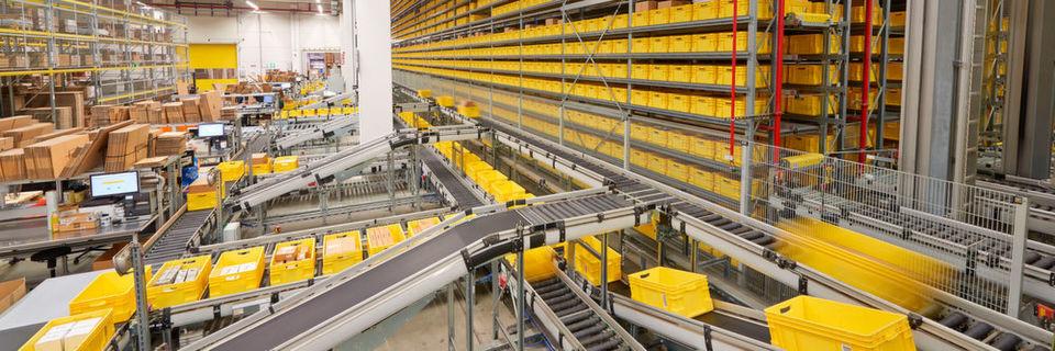 Mit dem Aufbau eines flächendeckenden Gebietsspeditions-Netwerks hat Rittal seine Lager- und Transportlogistik in Deutschland neu ausgerichtet.