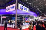 Vor allem die chinesischen Hersteller stellen hier die Highlights, die den Produkten der westlichen Konkurrenten oft in nichts nachstehen.