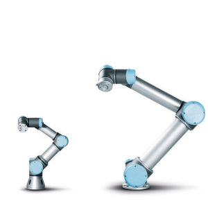 Universal-Robots-Produktfamilie UR3 und UR5(v.l.).