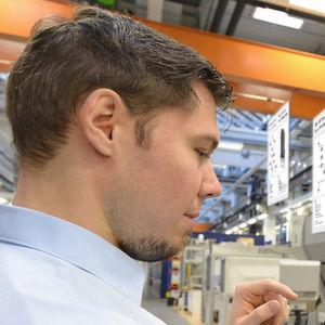 Mit dem digitalen Zwilling zur flexiblen Produktion: Er beinhaltet jeden Verarbeitungsschritt eines jeden einzelnen Werkstücks.