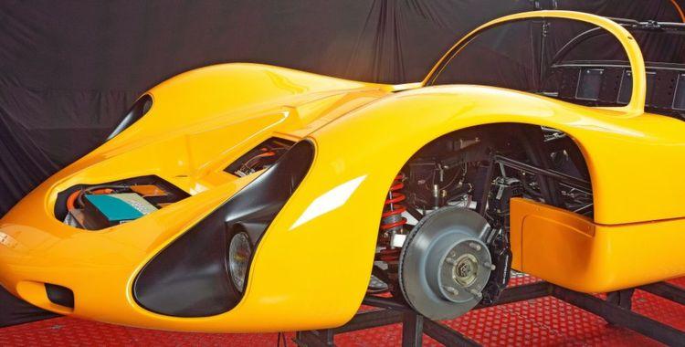 Kreisel Evex 910e: Der Elektromobilitäts-Spezialist Kreisel hat einen EVEX-Porsche 910 vollständig zum elektrischen Supersportwagen umgerüstet. Der