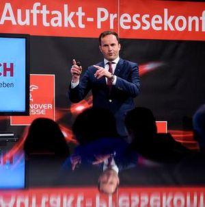 Dr. Jochen Köckler, Mitglied des Vorstandes, Deutsche Messe AG, Hannover, während der Auftaktpressekonferenz der Hannover Messe am 19. April 2017 auf dem Messegelände in Hannover.