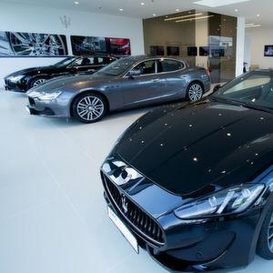 Die großen Autohändler: Fahrzeug-Werke Lueg