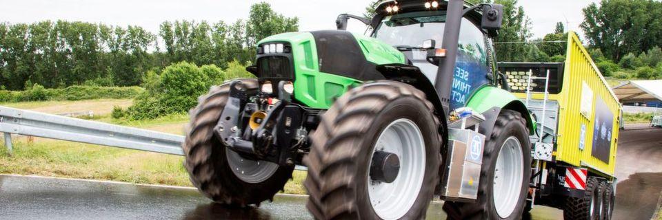 Der ZF-Innovation-Tractor belegt, wie automatisierte Fahrfunktionen und die Elektrifizierung des Antriebs betriebliche Abläufe in der Landwirtschaft schneller, effizienter und sicherer machen.