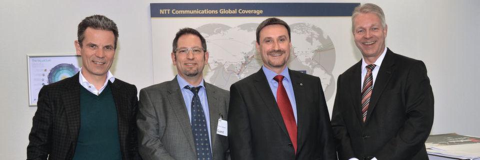 Sie bilden einen Teil des NTT-Managements (v. l.): Rupprecht Rittweger (E-Shelter), Andreas Weingarten (Dimension Data), Kai Grunwitz (NTT Security) und Swen Rehders (NTT Data). Zur Familie gehören aber noch weitere Mitglieder.