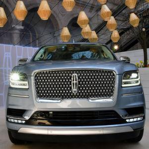 Lincoln Navigator: Mehr Schiff als SUV