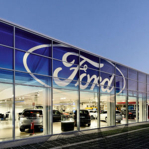 Ford-Store in Köln: Ein echter Blickfang