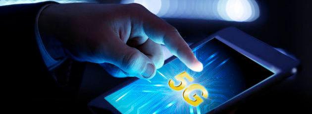 5G: Der Nachfolger des aktuellen 4G-Mobilfunkstandards LTE erreicht eine Datenübertragungsrate von zehn Gigabit pro Sekunde, und somit 30 Mal schnellere Datenübertragungen als in LTE-basierten Systemen.